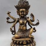 Parnashavari-statue3